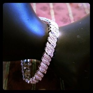 Jewelry - .25 Carats Diamond Wavelink Tennis Bracelet